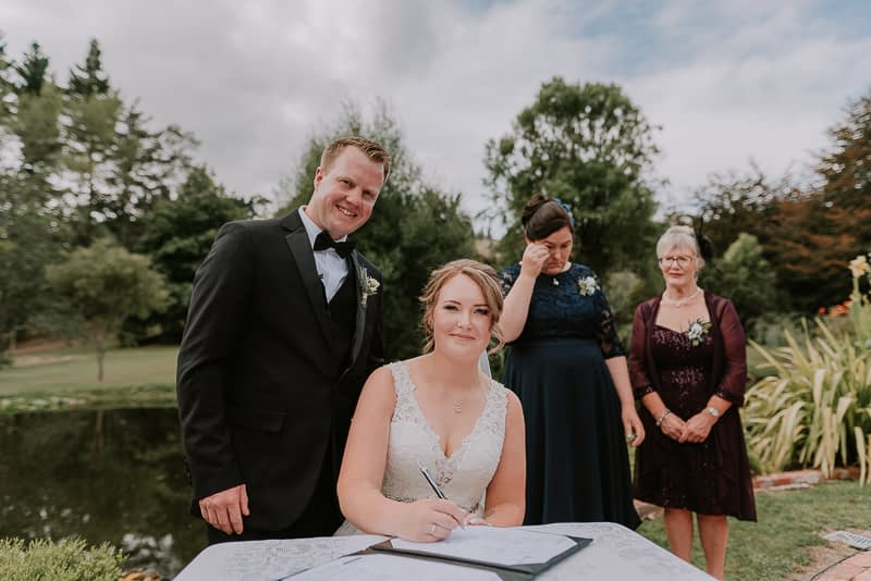 Roseburn Park wedding photography of Shane and Jess in Palmerston North 0121