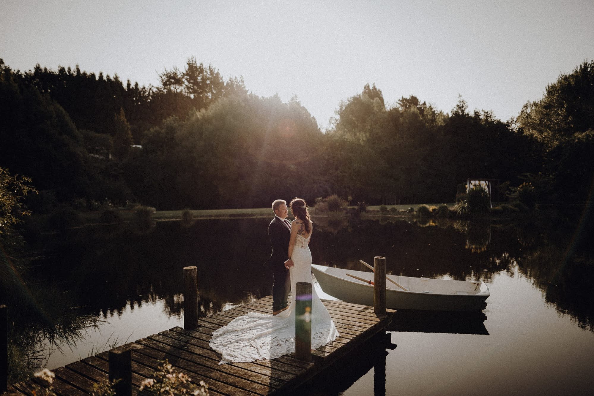 Palmerston North and Wellington photographer at Roseburn wedding venue with Casey 080_